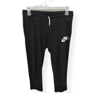 Dark grey Nike Capri sweat pants women's medium